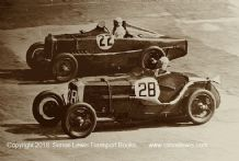 MG K3 (Hall) Frazer Nash (Aldington/ Mitchell Thompson) photo 1933 Brooklands 500 mile.